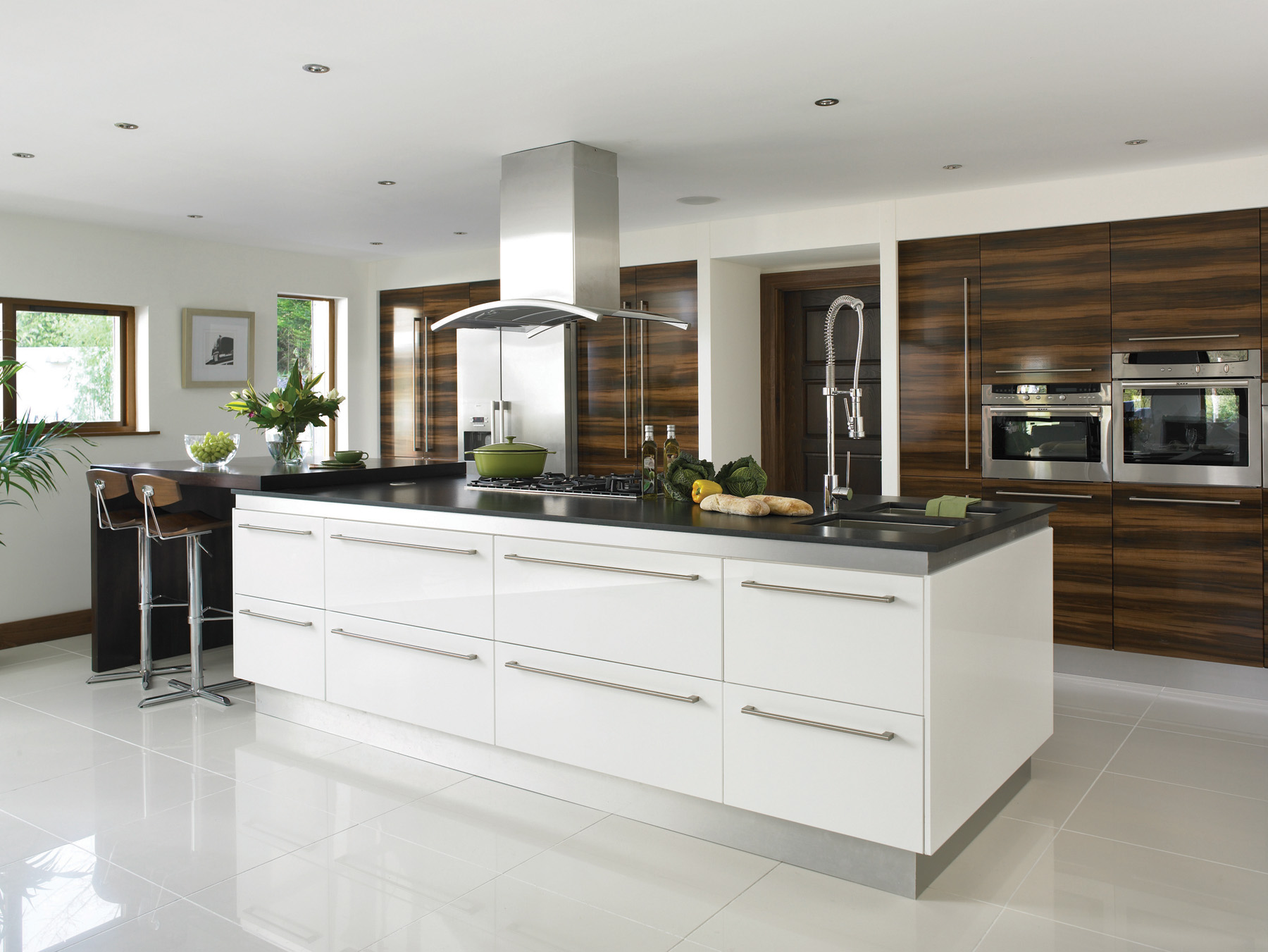 Gloss white kitchens hallmark kitchen designs - Modern kitchen with island ...