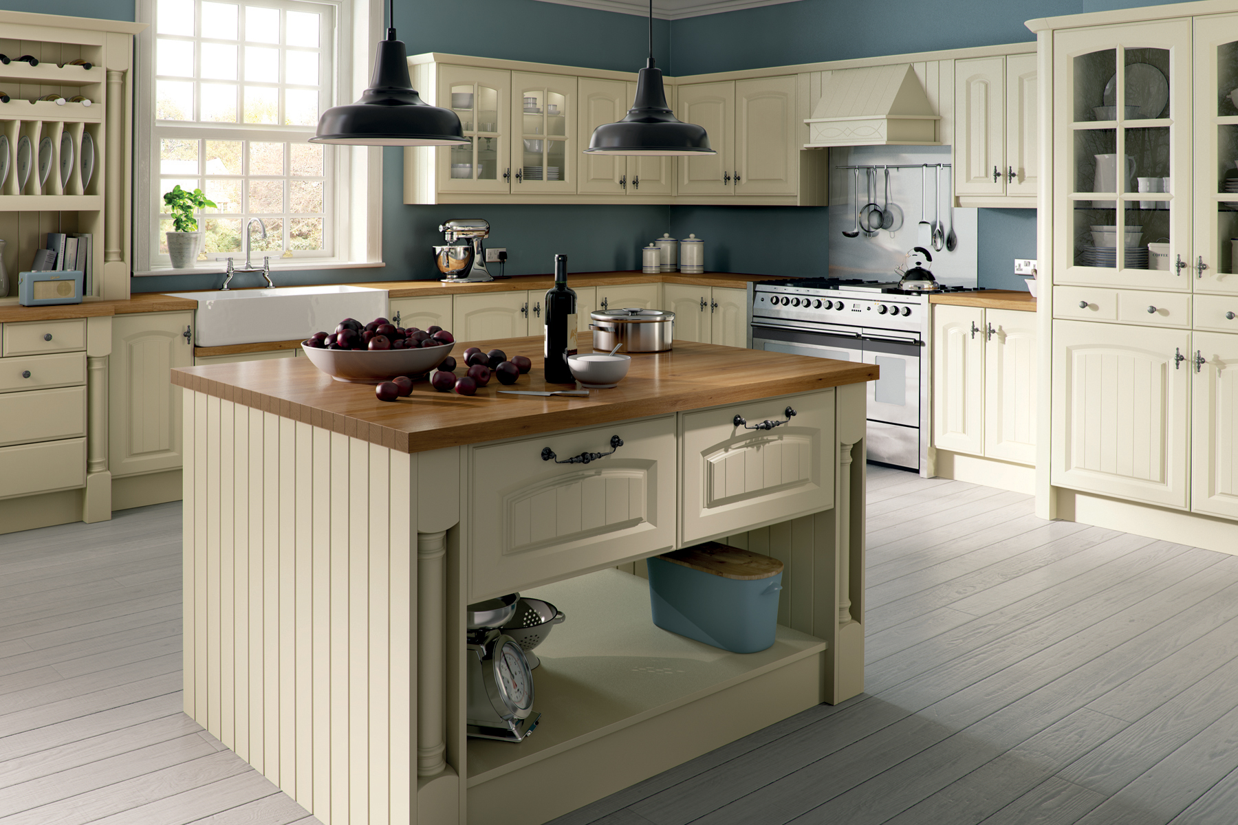 Tongue and groove kitchen cabinets - 1200 614c30 His Farmhouse Kitchen Is Styled With An Elegant Arched Tongue Grooved Picture