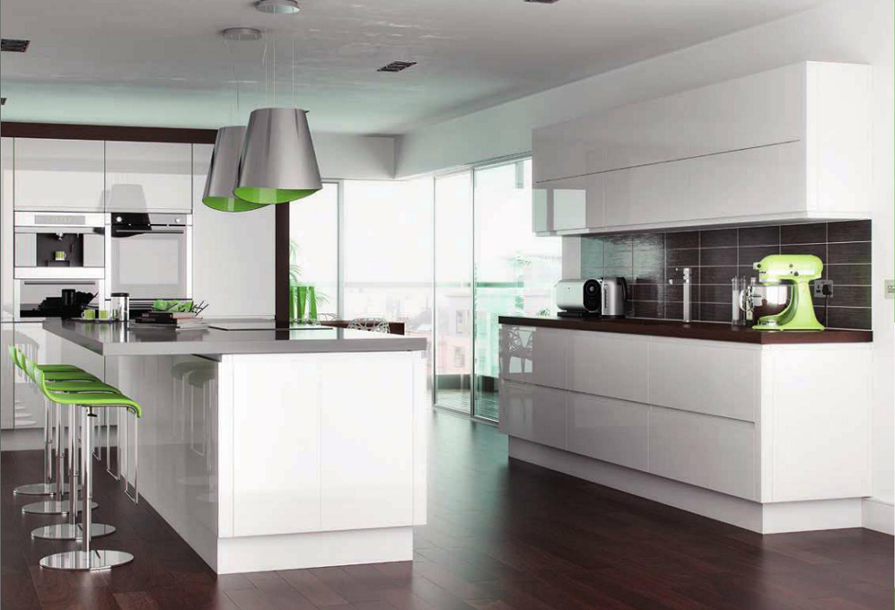 Gloss kitchen - Hallmark Kitchen Designs