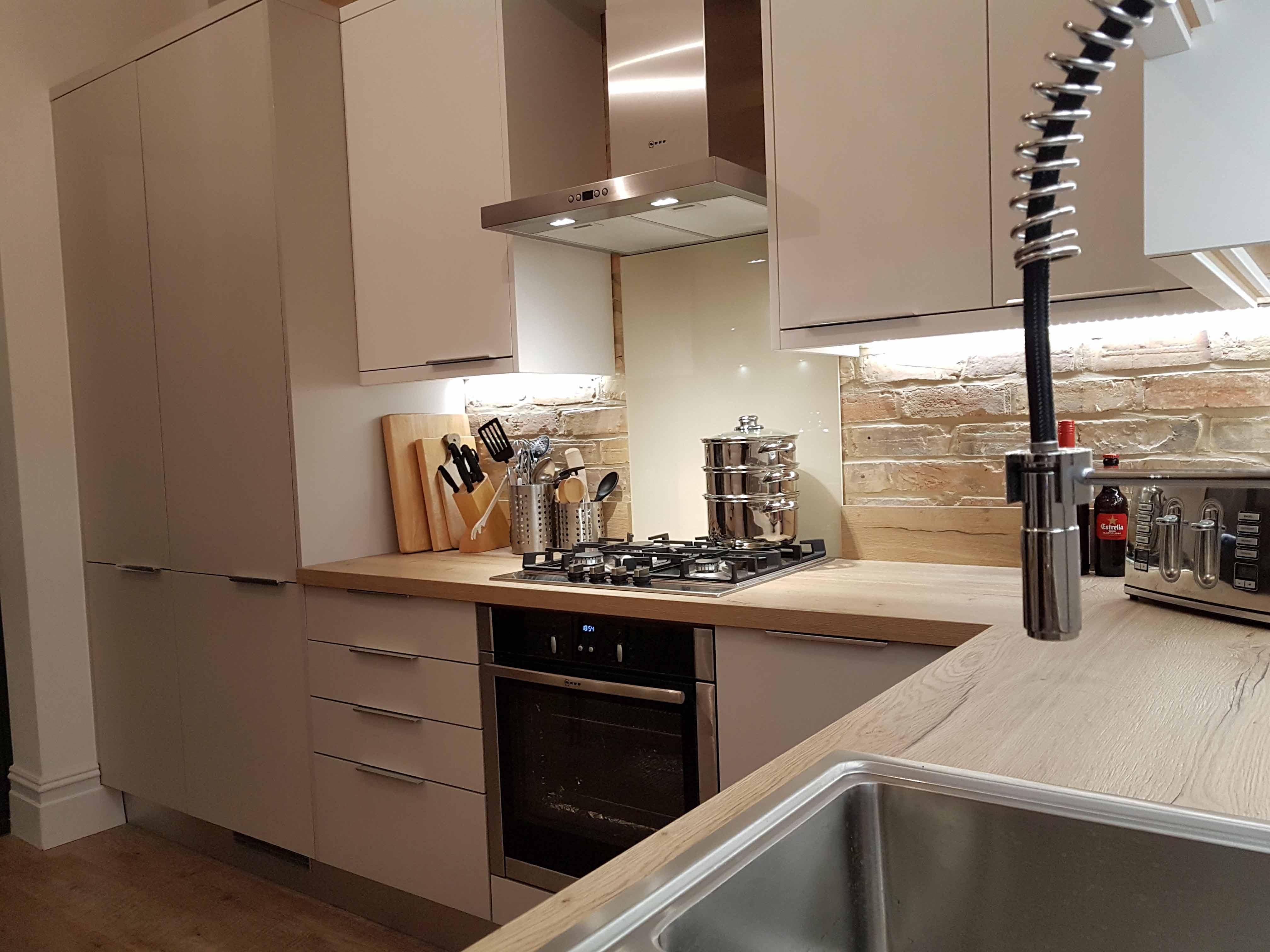 Supermatt Cashmere Kitchen