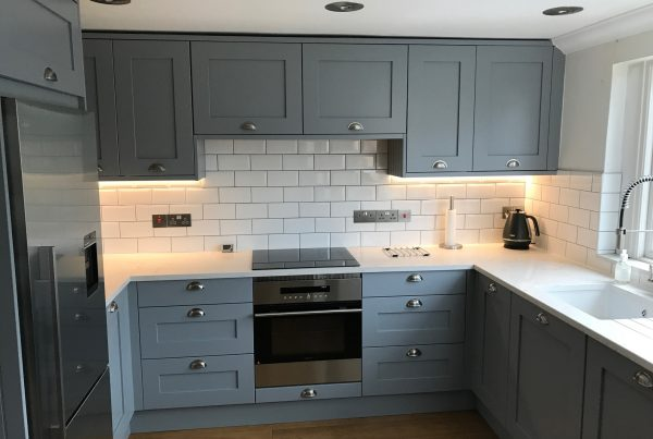 luna-grey-shaker-kitchen-design